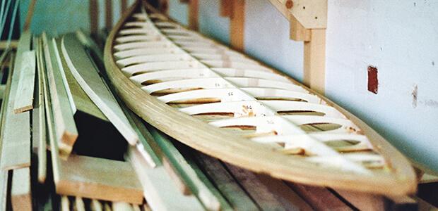 2-Geruest-Surfboards-aus-Stringer-Querrippen-und-Leisten_Typ-Cutter-Zedernholz